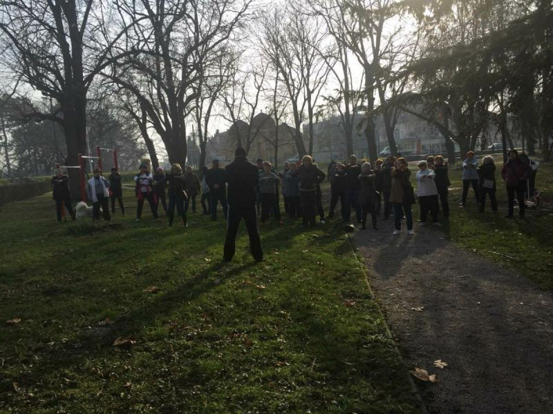 Provedena-akcija-Hodanjem-do-zdravlja-u-Vinkovcim04